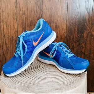NIKE Dual Fusion ST 3 Blue & Coral Shoes Size 8.5